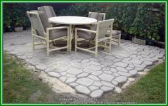 Quikrete Walk Maker Country Stone Mold Ideas | Concrete Hardscaping for the Garden (All Things Plants)