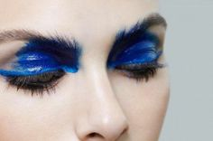 blue colored brows
