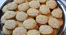 Ungherrar kallas dessa underbara kakor som är så möra och lätta att baka. De här tillhör mina favoriter. ...