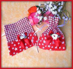 Pochette en tissu coton vichy rouge blanc coton rouge étoiles blanche : Autres sacs par orkan28