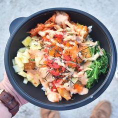 C'monBoard Houston features the best events in Houston. Keep an eye on our website for new experiences .  . I have  already shown you guys their pokiiritto but here is  the poke bowl. You can customize it however you like (i said you could have whatever you like) if you know the song haha. But this one specifically came with salmon, pineapple, masago, salmon, seaweed salad, tuna, nori strips, volcano flakes, and fried onion. Thank you @ohhhtommyc @justinabui for being an ..