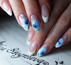 80 ideas to create the best Halloween nail decoration - My Nails Nail Art Designs, Bridal Nails Designs, Flower Nail Designs, White Nail Designs, Oval Nail Art, Oval Nails, French Nails, Cute Nails, My Nails