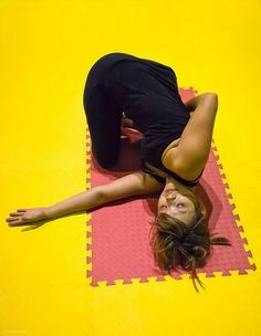 Yoga for pitta dosha...integrate cooling poses and pranayama.. Emphasize your core with asana
