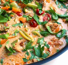 Veganmisjonen: Tandoorigryte med kokosmelk og tofu Vegetarian Dinners, Vegetarian Recipes, Cheap Meals, Cheap Recipes, Frisk, Coconut Milk, Tofu, Thai Red Curry, Stew