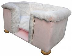 Rufford Pink Champagne Dog Bed | Pink Whiskers Bespoke Pet Furniture MISI Handmade Shop