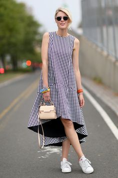 Street Style - New York Fashion Week Spring 2015 - gingham trapeze dress with sneakers Girly Outfits, Casual Outfits, Fashion Outfits, Womens Fashion, Trendy Fashion, High Fashion, Plaid Outfits, Fashionable Outfits, Fashion Weeks