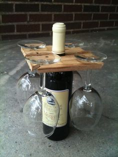 Party of Four hardwood rack for wine bottle and four glasses. Salvaged wood or DIY Glass Holders, Bottle Holders, Wine Bottle Glass Holder, Wine Bottle Display, Cork Holder, Homemade Gifts, Diy Gifts, Christmas Gifts, Homemade Wine