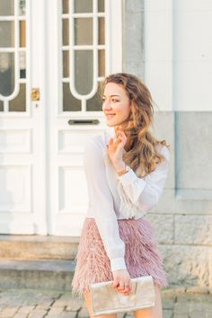 IMG_1905 - Olivia Poncelet Fashion blog Pastel look feather skirt tommy hilfiger party outfit