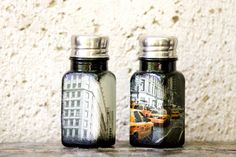 NYC salt and pepper shakers