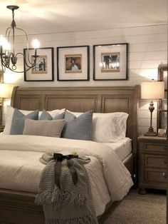 Amazing Small Modern Farmhouse Bedroom Decor Ideas For You Home Romantic Bedroom Decor, Farmhouse Master Bedroom, Master Bedroom Makeover, Master Bedroom Design, Bedroom Designs, Master Suite, Trendy Bedroom, Master Bedrooms, Bedroom Rustic