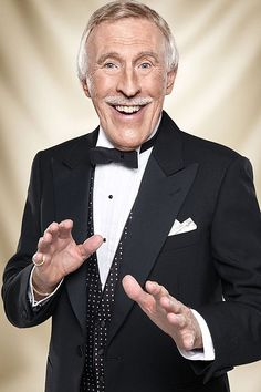 Sir Bruce Forsyth February 1928 – August 2017 - New Sites British Celebrities, British Actors, American Actors, Derek Hough, Bruce Forsyth, Uk Tv Shows, Classic Comedies, Strictly Come Dancing, Bbc One