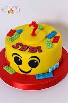 Tort Lego pentru Sebi Chocolate Chip Recipes, Mint Chocolate Chips, Pumpkin Dessert, Pumpkin Cheesecake, Fondant, Caramel Crunch, Fall Cakes, Lego Cake, Tiramisu Cake