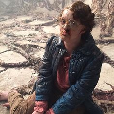 @shannonpurser ( Barbara ) on the set! Pooor Barb
