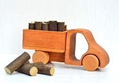 https://www.etsy.com/es/listing/526616987/juguetes-de-madera-sobre-ruedas-juego-de?ga_order=most_relevant