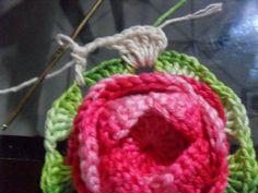 ARTE EM CROCHÊ, TRICÔ E ARTESANATOS: Caminho de Mesa de crochê em espiral com PAP