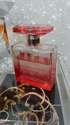 Parfum Mademoiselle, Aesthetic Photography Grunge, Perfume Display, Beauty Care Routine, Victoria Secret Perfume, Perfume Reviews, Perfume Collection, Fragrance, Candles