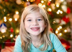 photo how to christmas tree lights Photo Lighting, Lighting Ideas, Aperture Photo, Christmas Holidays, Christmas Tree, Newborn Photography, Photography Ideas, Children And Family, Christmas Pictures