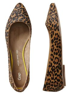 Printed Pointy Flats