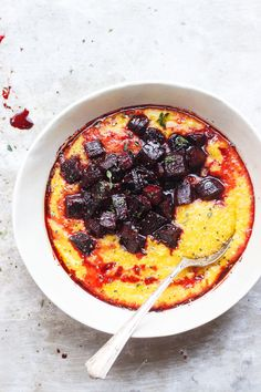 Pumpkin Polenta with Balsamic Roasted Beets | Creamy and savory pumpkin polenta, topped with balsamic roasted beets and herbs. Naturally gluten-free, and vegan and the perfect cozy bowl for fall.