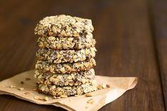 Protein Cookies: 4 healthy & protein-rich recipe variants – Famous Last Words Protein Cookies, Peanut Cookies, Almond Cookies, Protein Rich Foods, Protein Snacks, Healthy Protein, Raw Food Recipes, Cookie Recipes, Patisserie Sans Gluten