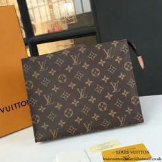 Discover our latest WOMEN's Monogram Bags collection, all guaranteed authentic at incredible prices. Louis Vuitton Mens Bag, Louis Vuitton Clutch Bag, Pochette Louis Vuitton, Louis Vuitton Handbags, Louis Vuitton Monogram, Handbags Uk, Designer Handbags, Designer Bags, Authentic Louis Vuitton Bags