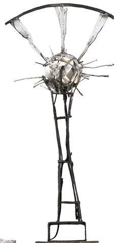 Lasse Nissilä: Aurinkopuu (Suntree), 2013. Metal. 80x30x30cm. (4,8W LED-light inside)
