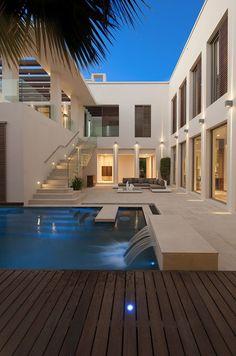 Dream Home Design, Modern House Design, Contemporary Design, Modern Architecture House, Architecture Design, Modern Houses, Modern Mansion, Modern Buildings, Luxury Homes Dream Houses