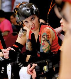 Sin City Roller Girls roll with Larry the Cable Guy tonight