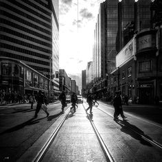 [daily dose of imagery] Crossing in the Sun    (via http://wvs.topleftpixel.com/12/05/25/ )