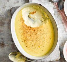 Egg custard Baked Egg Custard, Apple Custard, Baked Eggs, Egg Custard Tart Recipe, Egg Custard Recipes, Portugese Custard Tarts, How To Make Custard, Festive Bread, Quick Cake