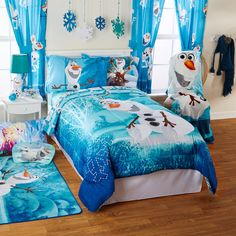 Frozen bedding and bedroom decor. Bed Sets, Bedroom Themes, Girls Bedroom, Bedroom Ideas, Frozen Bedroom Decor, Frozen Bedding, Frozen Room, Disney Bedrooms, Daughters Room