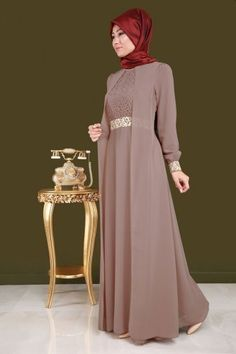 Party Gamis Models For Fat Women Dress Muslim Modern, Muslim Dress, Abaya Fashion, Muslim Fashion, Fashion Dresses, Hijab Dress Party, Hijab Style Dress, Dress Brokat, Kebaya Dress