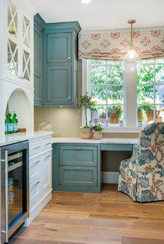 Blue Distressed Cabinets with Gray herringbone Tile Backsplash, Cottage, Kitchen… – Modern Kitchen Desk Areas, Kitchen Desks, Kitchen Nook, Kitchen Pantry, House Of Turquoise, Turquoise Kitchen, Custom Home Builders, Custom Homes, White Distressed Cabinets