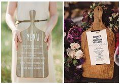 Menu de mariage sur planche en bois