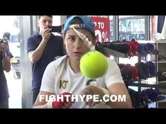 KATIE TAYLOR DISPLAYS CAT-LIKE REFLEXES AND FOCUS USING TENNIS BALL HAT - YouTube