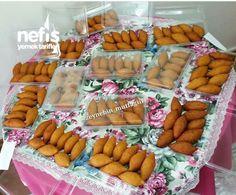 Dondurucu İçin İçli Köfte Turkish Recipes, Ethnic Recipes, Iftar, Food Storage, Gingerbread Cookies, Waffles, Sausage, Frozen, Cheese