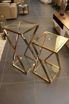 Zigon sehpa in 2020 Iron Furniture, Steel Furniture, Home Decor Furniture, Diy Home Decor, Furniture Design, Art Deco Living Room, Table Decor Living Room, Home Room Design, Home Interior Design