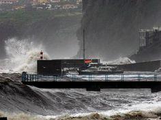Madeira continua com alerta vermelho