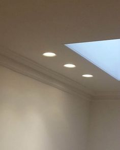 Deep Recessed Flush Or Trimless Integrated Plaster Downlight For Glare