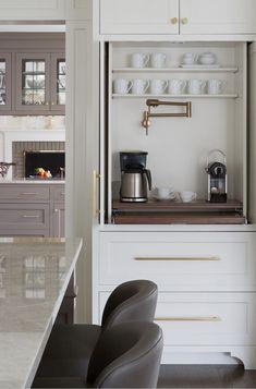 Coffee Bar Built In, Coffee Bar Station, Coffee Bar Design, Coffee Station Kitchen, Coffee Bars In Kitchen, Coffee Bar Home, Home Coffee Stations, Bar In Kitchen, Coffee Bar Ideas