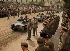 Parade of a Hungarian armored company with Ansaldo tanks Volga Germans, Italian Army, Defence Force, Ww2 Tanks, Budapest Hungary, Panzer, Armored Vehicles, North Africa, World War Two