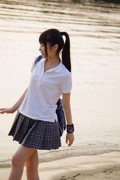 School Girl Japan, School Girl Outfit, School Uniform Girls, Girls Uniforms, Japan Girl, Girl Outfits, Cute Little Girl Dresses, Girls In Mini Skirts, Beautiful Japanese Girl