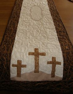 Hey, I found this really awesome Etsy listing at https://www.etsy.com/listing/223876641/easter-religious-quilted-table-runner