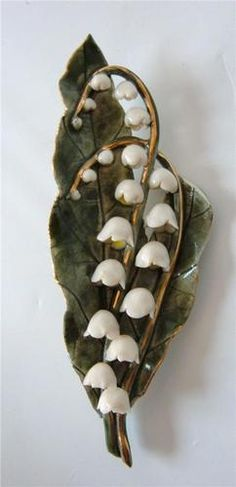 Vtg Lily Of The Valley Brooch Pin Porcelain