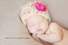 cute newborn photo ideas