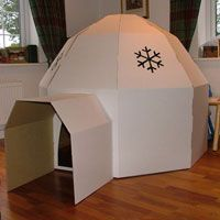 cardboard igloo - this looks easier than 400 milk jugs tied together. Cardboard Forts, Cardboard Crafts, Cardboard Furniture, Arctic Decorations, Operation Arctic, Everest Vbs, Vbs Themes, Vbs Crafts, Winter Theme