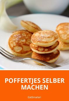 Simply make poffertjes yourself! - d are mostly served with powdered sugar or nut nougat cream. You can now also enjoy it at home, bec - Sweet Recipes, Cake Recipes, Dessert Recipes, Grilling Recipes, Cooking Recipes, Chicken Lunch Recipes, Chocolate Crepes, Beignets, Pumpkin Recipes