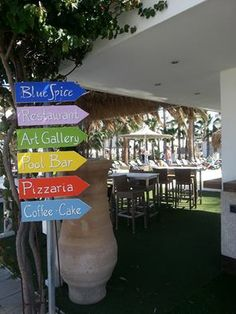 Blue Spice Bar and Resturant, Pernera