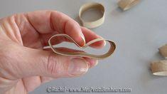 rapprocher les plis Mini, Egg Hunt, Baby Easter Basket, Egg Holder, Wraps, Rabbits, Gifts