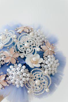 Buchet brose | Buchet mireasa handmade | Nunta cu tematica albastra | Teme de nunta albastru